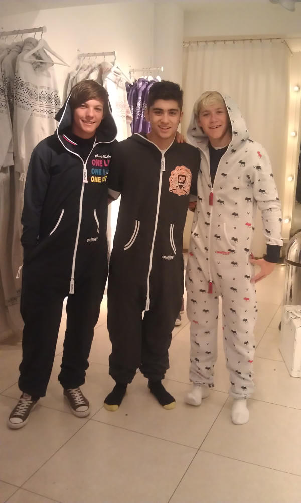One Direction get New OnePieces